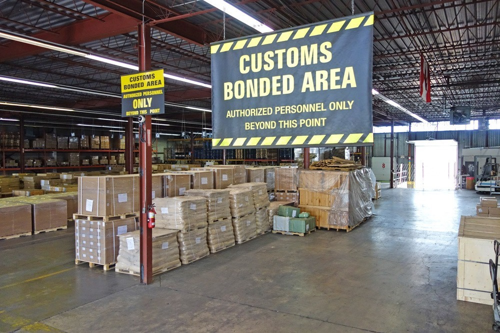 convenient located bonded warehouse services